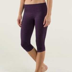 Lululemon leggings In the Flow Crop II purple